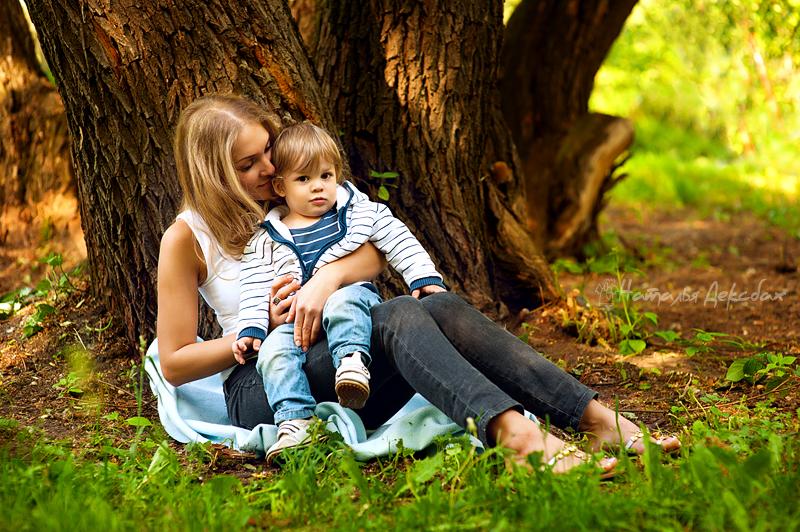 Мама и сын и сестрой на природе порнуха142