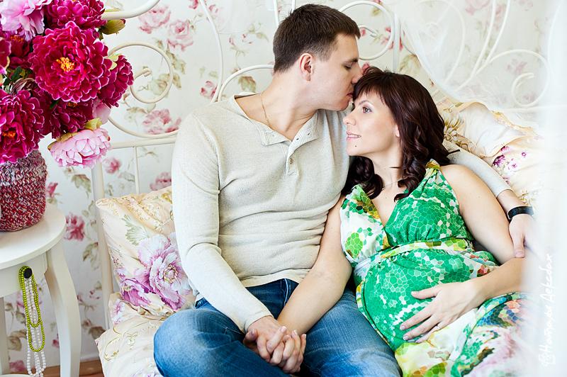 Позы для беременной фотосессии с мужем и ребенком 52